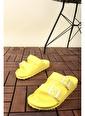 Oksit Esm Yumuşak Taban Tokalı Terlik Sarı